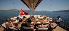 istanbul private bosphorus dinner cruise yacht tours-1.jpg